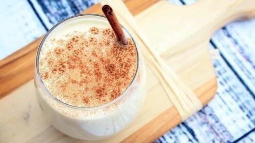 9 Reasons You Should Drink Cinnamon Milk Every Night Before Sleeping