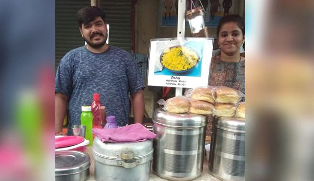 Mumbai MBA Couple Sets Up Food Stall Every Morning For A Touching Reason