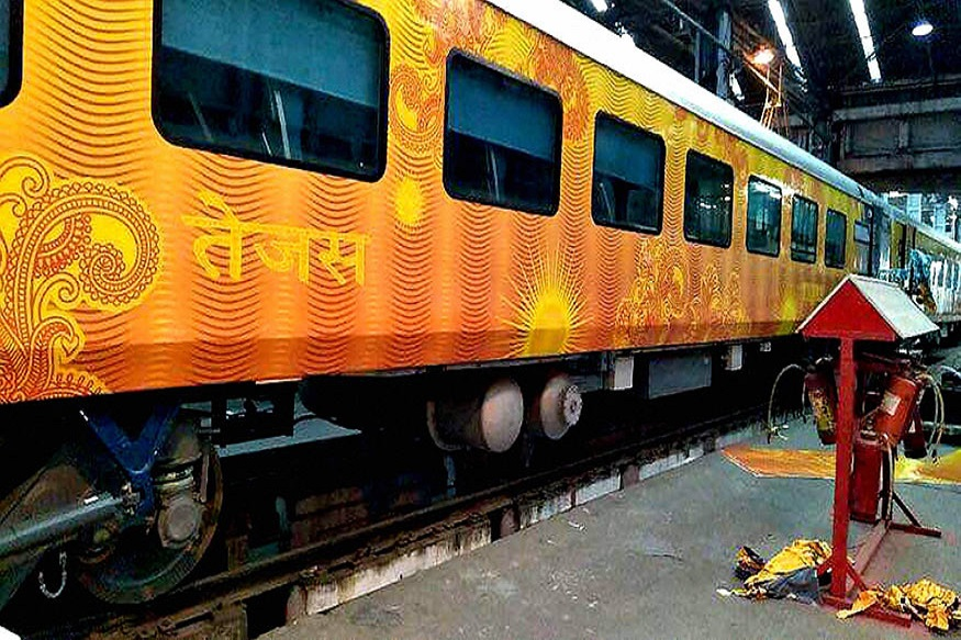 From Travel Insurance to Compensation for Delay, Know the First-time Benefits of Tejas Express