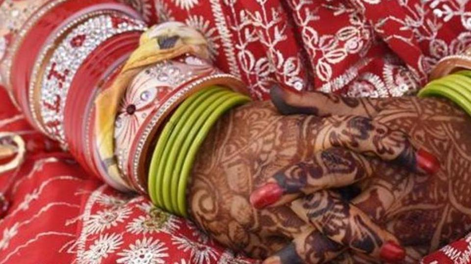 Selfie in loo, Rs 51,000 in MP government's scheme for newly-weds