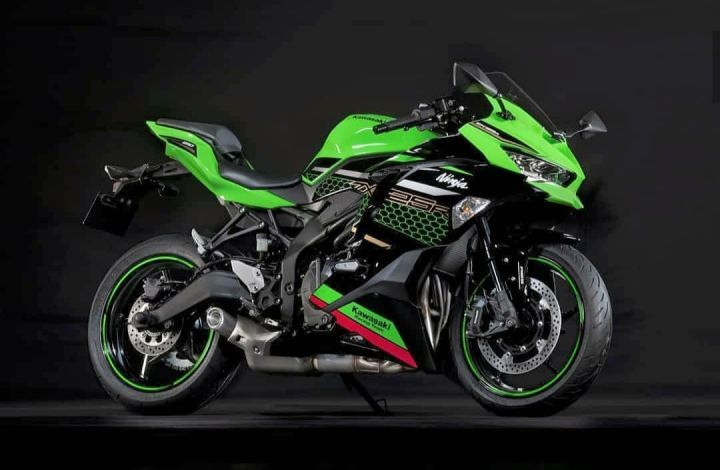 The Kawasaki Ninja ZX-25R Is Proof That Big Things Come In Small Packages