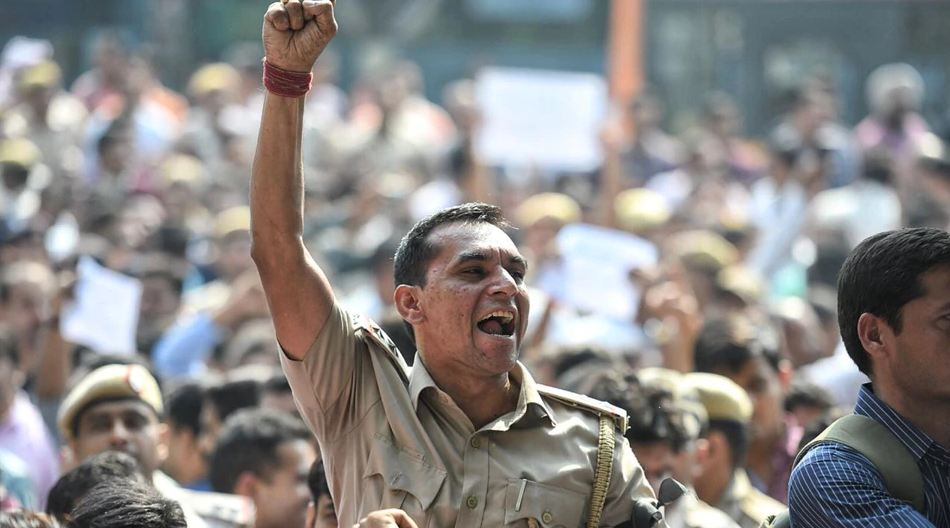 Delhi cops hold rare protest outside HQ over 'handling' of clashes with lawyers