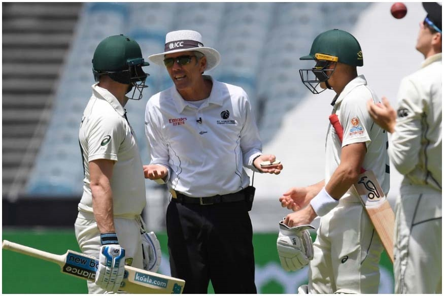 Send law book to umpires: Shane Warne, Steve Smith fume at Nigel Llong over dead-ball rule