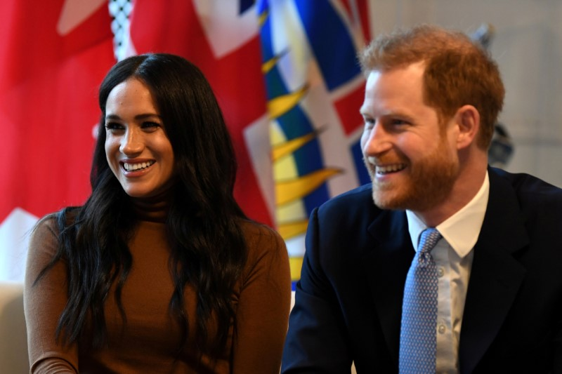 After Royal Rift, Meghan Goes Back To Canada To Be With Son Archie