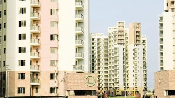 Govt to take management control of Unitech, Supreme Court agrees
