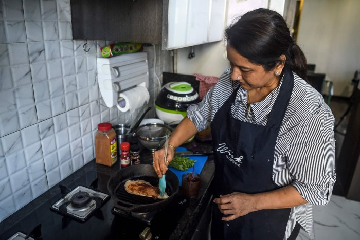 Cloud cooking land: Indian housewives become gig economy chefs