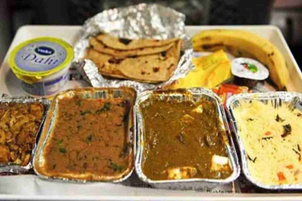 No more overcharging of food on trains! How Indian Railways is addressing passenger complaints