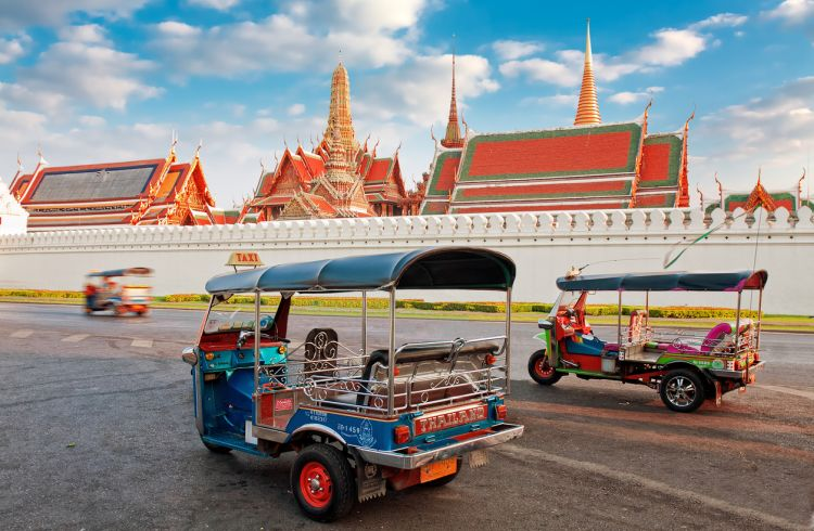 HOW TO PROTECT YOURSELF FROM SCAMS IN THAILAND?