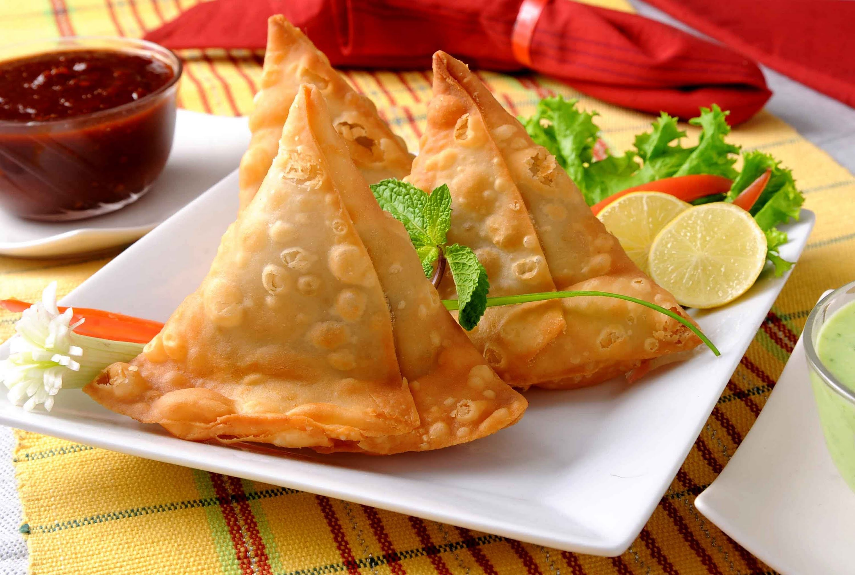 TBI Food Secrets: Unravelling the Fascinating History of the Samosa, India's Favourite Street Snack