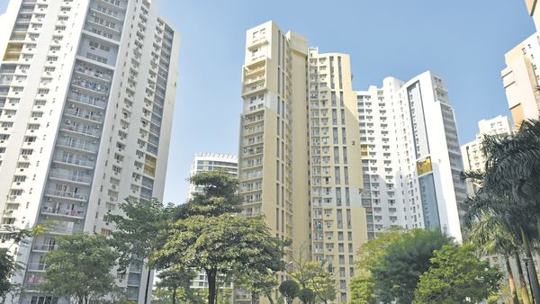 Maharashtra cuts stamp duty on property in Mumbai, Pune, Nagpur