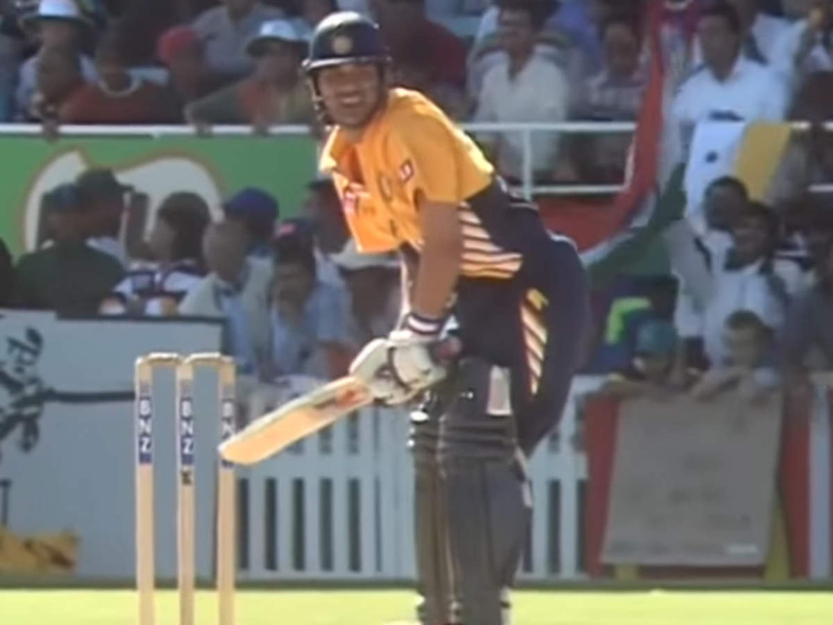 Sachin Tendulkar opens the batting in ODIs for India for first time on Mar 27, 1994: Watch