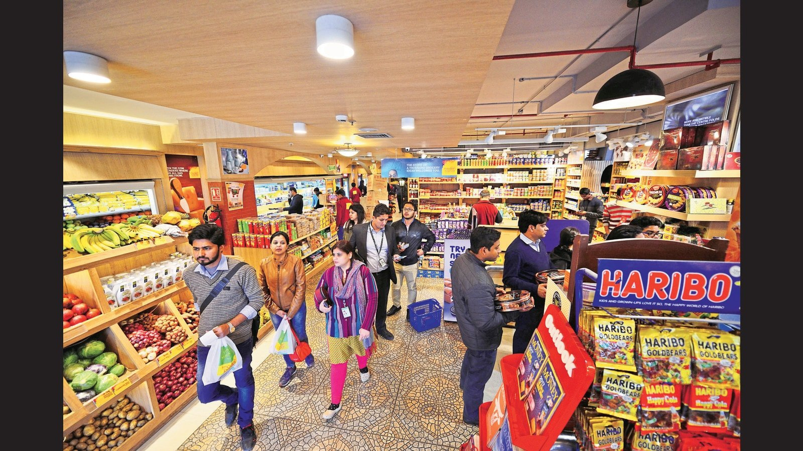 Experts divided over FSSAI's new proposal for labelling on food packets