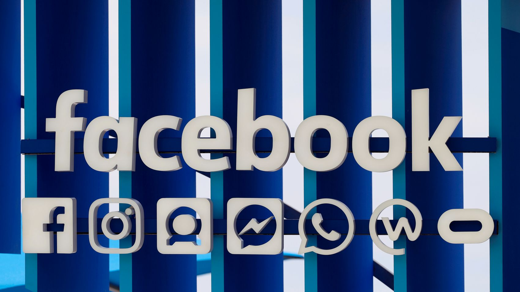 Facebook planning to change its name as it becomes more than a social media company