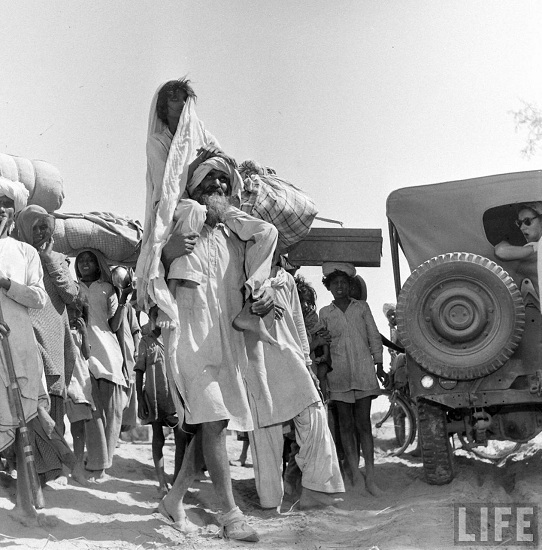 Thousands of people migrated from India to the new formed nation along with their families and belongings. The sight was just horrific for many to even imagine.