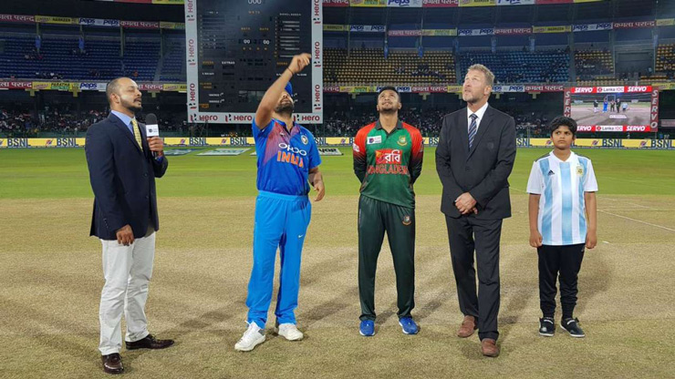 In a T20 match, the toss can never be undermined. And when the stakes are so high, the start is all the more important. Indian captain Rohit Sharma won the toss and had little hesitation in electing to chase.