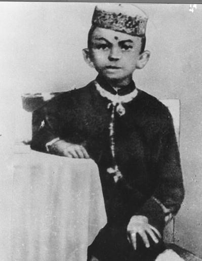 1. Mahatma Gandhi….known as Moonia during childhood.
