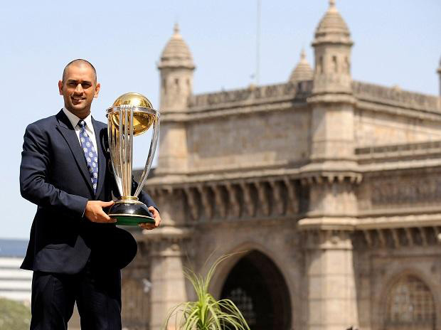 MS DHONI LED THE INDIAN CRICKET TEAM TO VICTORY IN THE ICC WORLD CUP 2011