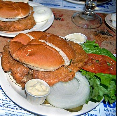 Fried brain sandwich (USA)