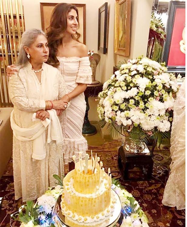 Jaya Bachchan, Shweta Bachchan Nanda