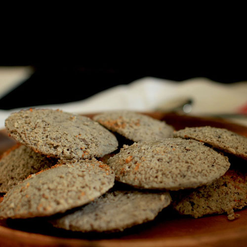 Multigrain Idlis - Steamed idlis require no oil. Multigrain Idlis pack the power of multi-grains like jowar, buckwheat groats, oats, methi seeds, quinoa and whole wheat. Add chopped fresh beans, carrots, or soaked lentils to further enrich their taste as well as nutrition