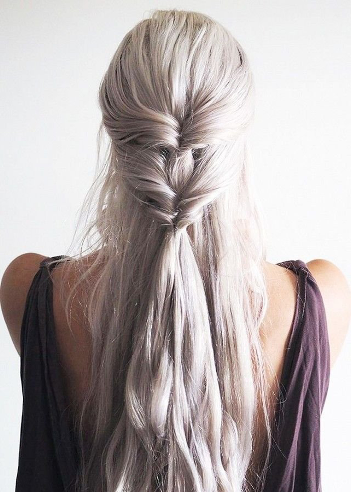 2. Khaleesi inspired twist hairstyle