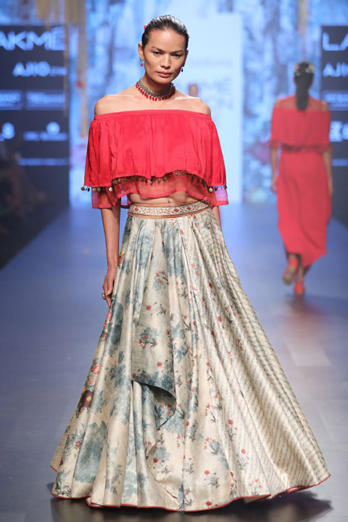 2. Pair your lehenga skirt with an off-shoulder choli, a crop top or a plunging jacket to some drama to your outfit.