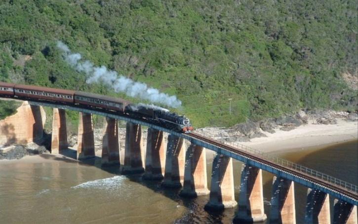 Outeniqua Choo-Tjoe Train - South Africa