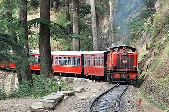 Kalka-Shimla, Himalayan Queen - The Himalayan Queen is known to have completed the steepest track built during British India. The train takes you through 102 tunnels and 82 bridges covering 96kms and is a treat for nature enthusiasts and those looking to relax and rejuvenate.