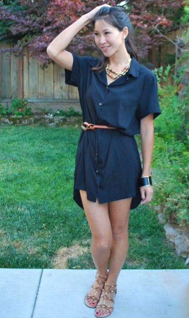 3. Wear a chunky waist belt with it, to look cute and chic.