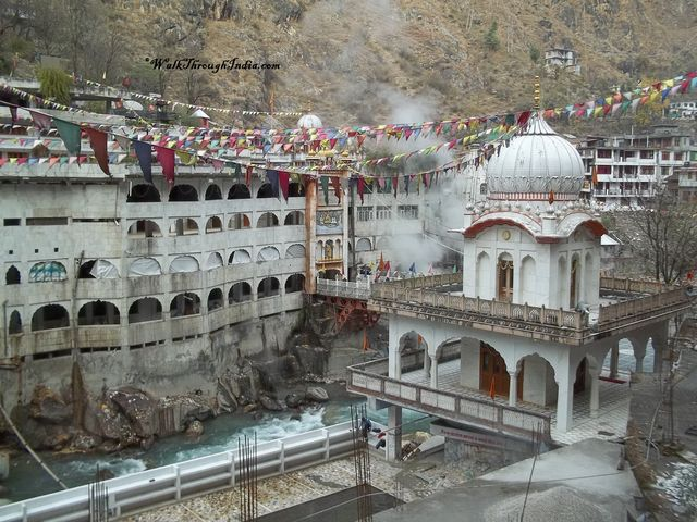 Hot Water Springs -Manikaran Manikaran the pilgrim centre is located in the Parvati Valleyof Kullu District in Himachal Pradesh. Manikaran is famous for its temples,Gurudwara Manikaran Sahib, beautiful landscape and hot Water Spring.