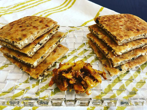 Cottage Cheese Parantha - As per American Diabetes Association, Cottage Cheese is the best cheese choice for diabetics. Go for fat-free cottage cheese and make it a part of your multigrain morning parantha or sandwich.