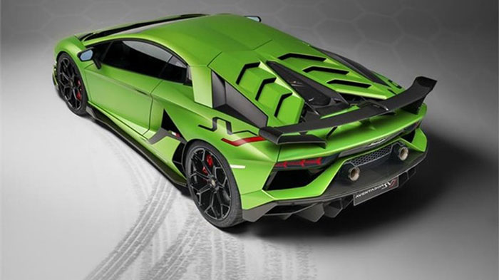 Lamborghini SVJ Studio Green 3-4 back.