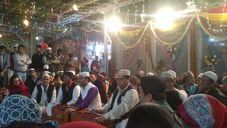 Qawwali at Nizamuddin Dargah, New Delhi