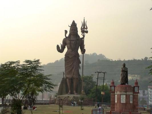Shiva of Har Ki Pauri 100.1 ft (30 metres) Haridwar, Uttarakhand