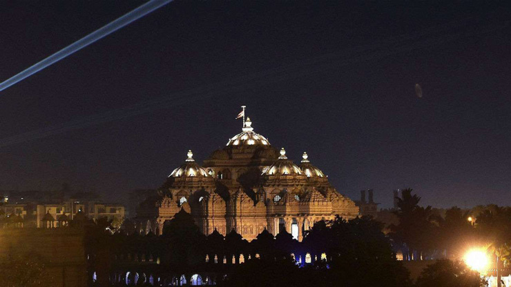 A view of Akshardham temple during the Earth Hour in New Delhi, on Saturday.