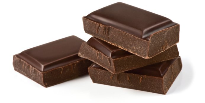 5. Dark chocolates have antioxidants and anti-inflammatory properties that encourage proper blood flow to the brain that boosts its power.