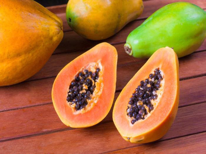 5. Phtyo-nutrients and antioxidants in papaya prevents the body from heart diseases and reduces the risk of cancer.