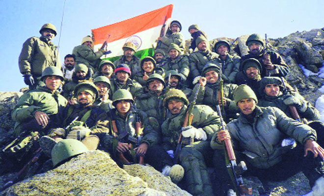 Best Group Picture. Loc Kargil War 1999 Operation vijay 1999 india