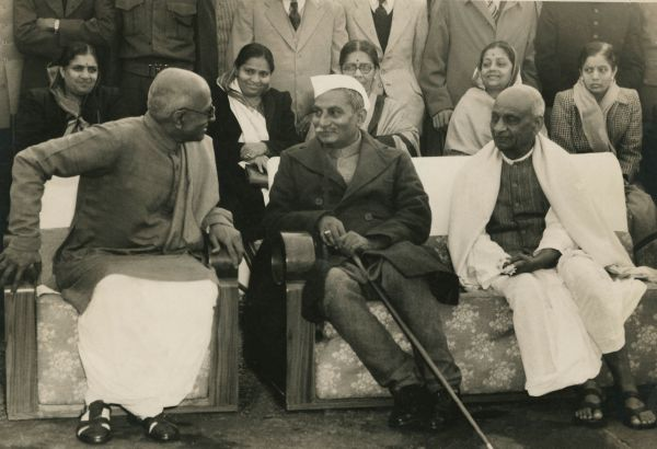 January 1948: C Rajgopalachari and Dr. Rajendra Prasad have a conversation as Sardar Vallabhai Patel watches