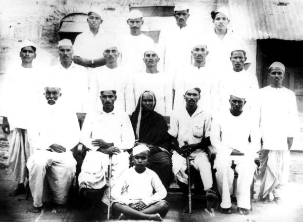 August 1942:  A group photo of the supporters of the Quit India movement