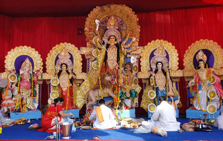 Take Part in Durga Puja Celebrations at Kolkata