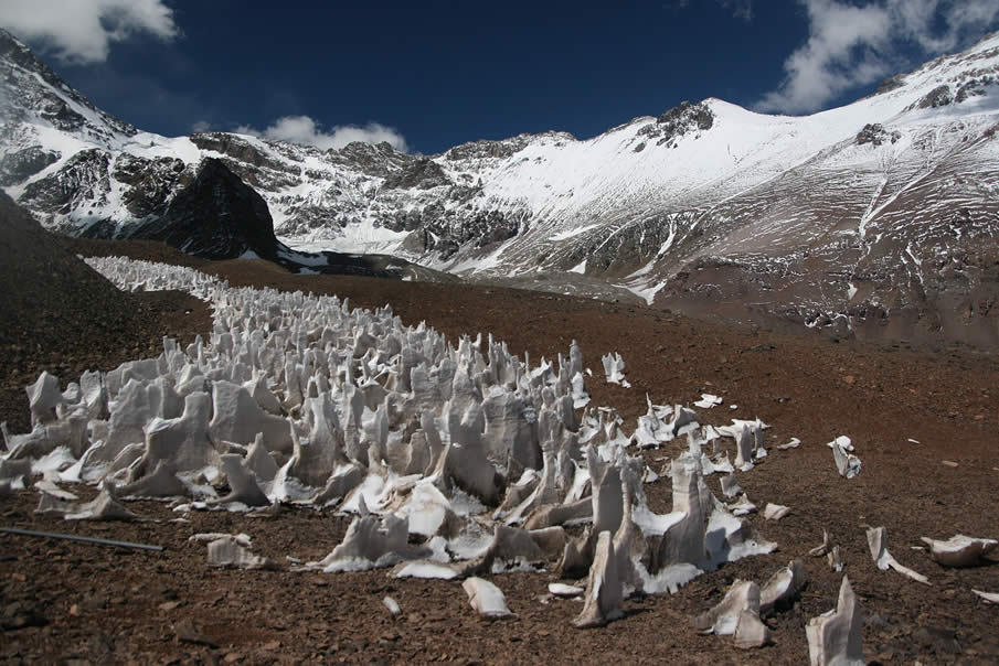 Penitentes – Ice Spikes in Argentina