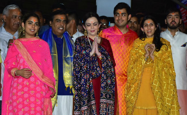 pictures of the Ambani family with Shloka at Siddhivinayak Temple. Apart from Akash, Nita and Mukesh Ambani are also parents to daughter Isha and son Anant.