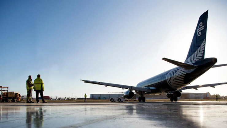 Air New Zealand   The Kiwi carrier which flies more than 15 million passengers a year ranks second in the TripAdvisor's list. With an operating fleet of 105 aircraft which ranges from mighty Boeing 777-300 to the Bombardier Q300, the airline dominates the Pacific Rim.