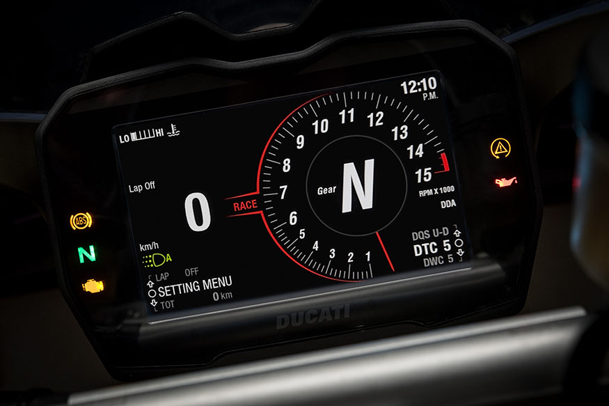 Ducati Panigale V4 gets a high quality colour instrument cluster.