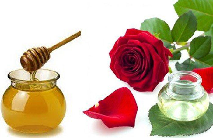 10. Rose water, lemon and honey face mask can kill acne-causing bacteria, reduce acne scars and improve the texture of skin.