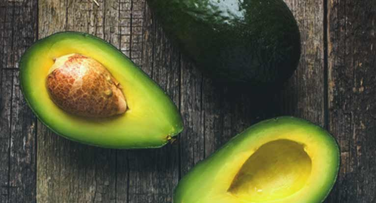 10. Avocado is a powerhouse of vitamin E and vitamin C that helps in lowering the risk of Alzheimer