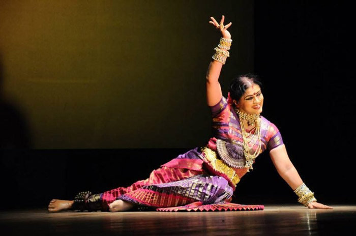 15. Sudha Chandran lost her leg in an accident at 16. Today she is an accomplished Bharatnatyam dancer.