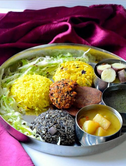 "10. Meghalaya Thali People from Meghalaya like boiled veggies a lot as they are considered to be very healthy. Puklein is another delicious snack available all over Meghalaya. Black sesame is used in almost very dish. For example, the special dal, ""daineiiong"" is incomplete without it."