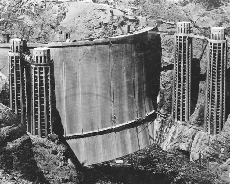A Waterless Hoover Dam (1936)